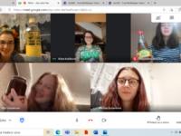 Vlaštovky si na online schůzce upekly bábovku