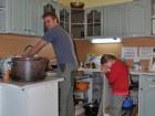 Štěpán musel umývat nádobí a světlušky se mu vysmály :)