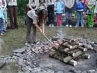 zahajovací táborový oheň
